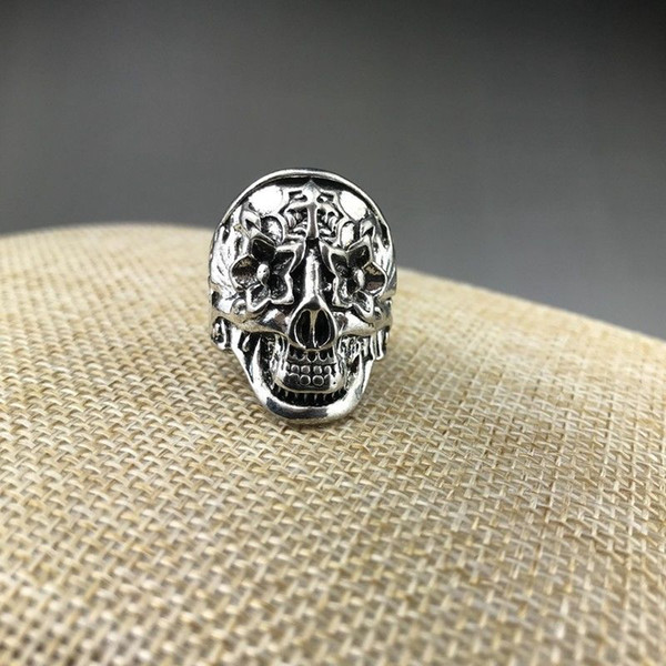 Hand-carved ghost heads of Chinese Tibetan silver rings