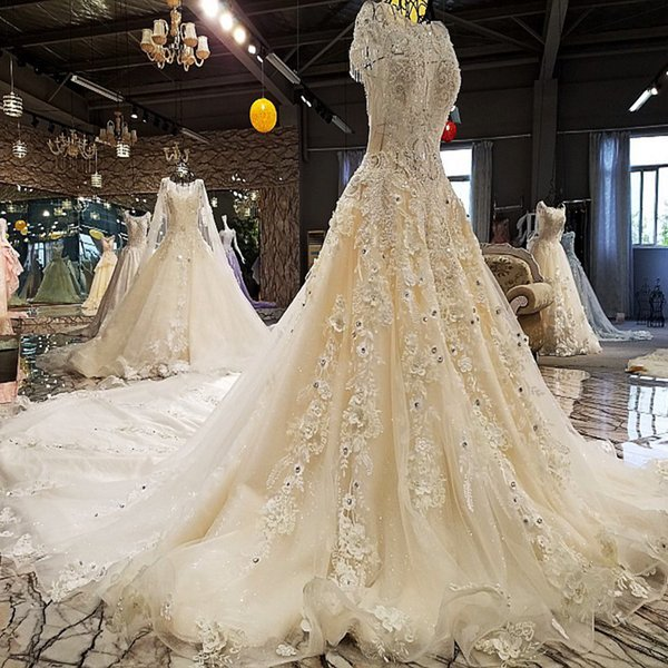 LS00214 long train wedding dress 2019 luxury lace beading short sleeves flowers Illusion a-line wedding gowns shop online china