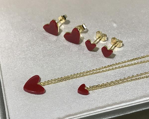 Elegante argento S925 grande e piccolo rosso natura corallo a forma di cuore pendente Collana e orecchini per la collana di nozze gioielli delle donne se