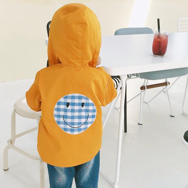 2018 Nouvelle Arrivée Automne Coton Décontracté Dessin Animé Visage Souriant Veste Brodée All-match pour bébé mignon doux filles et garçons