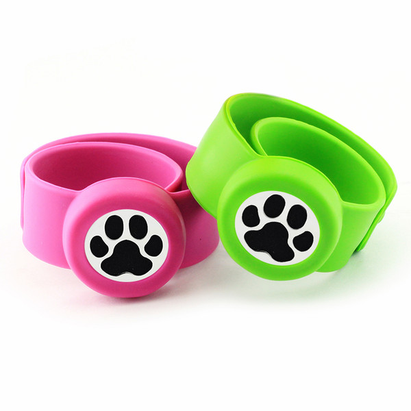 High Quality Silicone Cuff Bracelet Bangle with Essential Oil Diffuser Locket Mosquito Repellent bangle for Kids