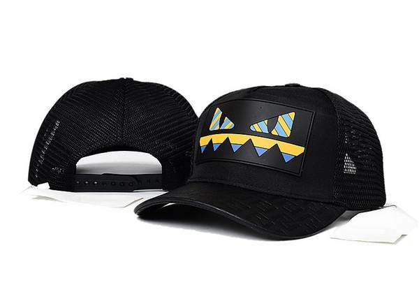 New Italy Designer Mesh Ball Cap Popolare Patchwork Coppia Berretto da baseball Estate di alta qualità Moda Casual cappelli da sole Outdoor Caps visiera