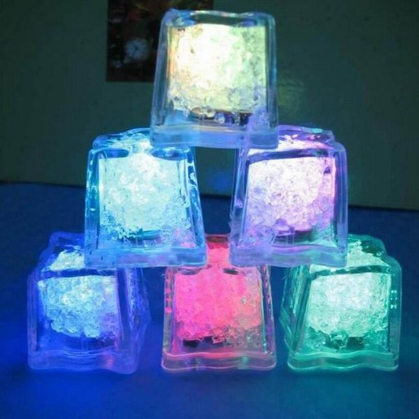 Flash Ice Cube Water-Activated Flash Led Light Put Into Water Drink Flash Automatically for Party Wedding Bars LX3392