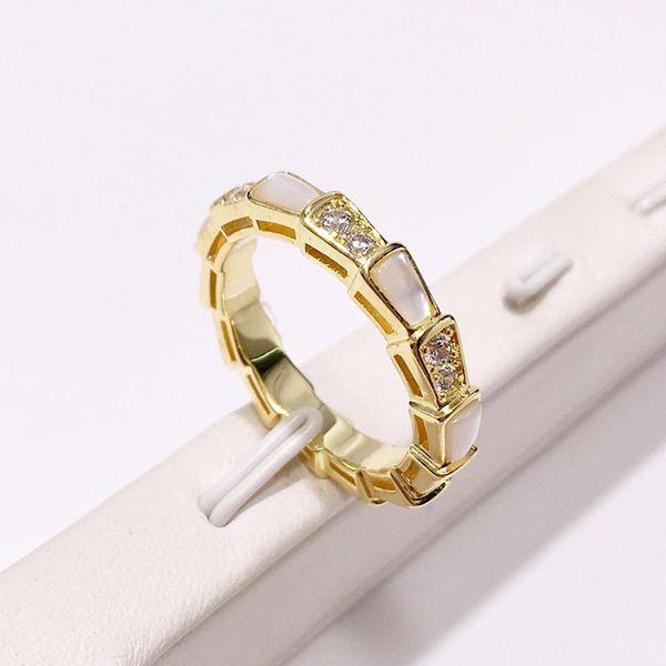 Forma de la serpiente de moda anillo de diamantes joyería Rose oro-color Bague serpiente anillos para mujeres linda joyería del partido