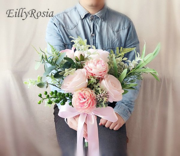 2018 Peonía hecha a mano Artificial Novia Ramo de Rosas de color rosa caliente con flores para damas de honor Mujeres Ramo de novia Ramo de novia