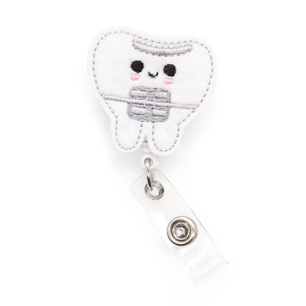DIY feutre dents Mignon nom médical Symbole Yoyo bobine badge carte d'identité Badge rétractable bobine badge d'identification pour les cadeaux Porte-infirmière
