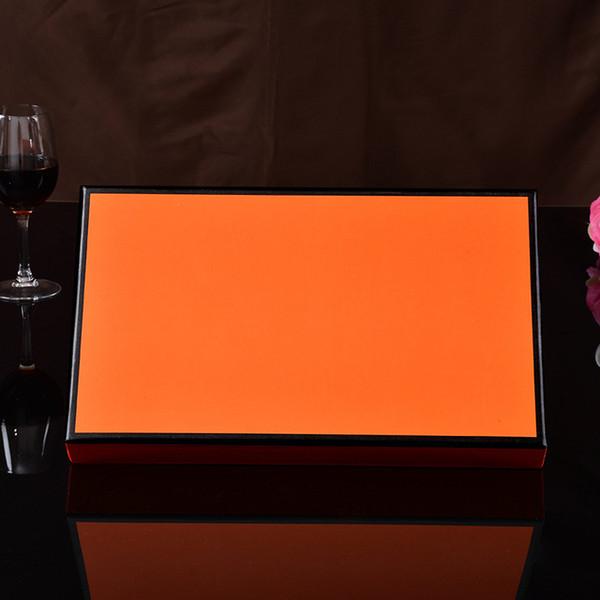색상 : 상자