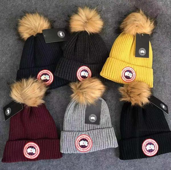2019 New CANADA Men atest douma women Christmas gift for lovers single sex beanie women leisure knitting skateboard head Beanie Skull Cap