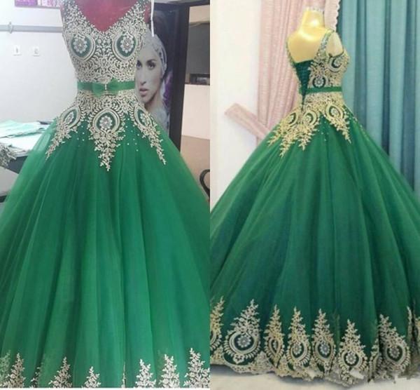 2018 Nuevo verde con vestido de bola dorado Vestidos de noche Corsé Volver Escote en v Sin mangas Más tamaño Largos vestidos de fiesta de baile de disfraces a medida