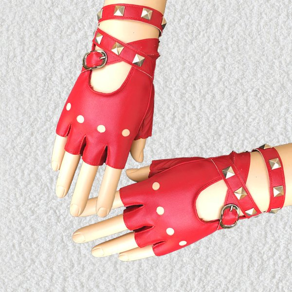 Lady Rivet Punk Glove Wrists Personality Night Club Cantante Guantes Mujer Rojo Blanco Negro Guantes sin dedos 17fh gg