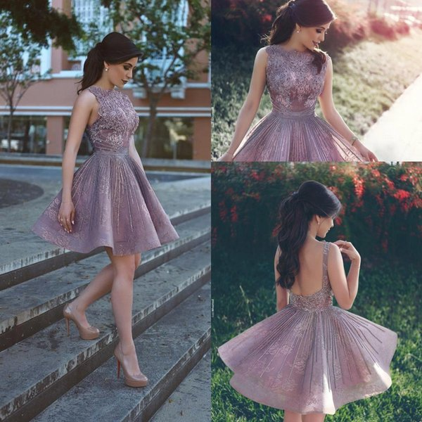 2018 New Arrival Little Short Homecoming Dresses Bateau Neckline Sexy Backless Short Cocktail Party Wear Vintage Arabic Short Prom Gowns