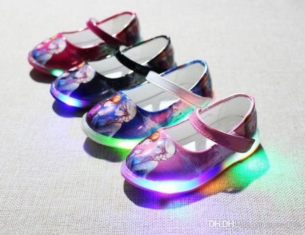 A new spring snow romance princess shoes LED light leather buckle 4 colors of children's shoes