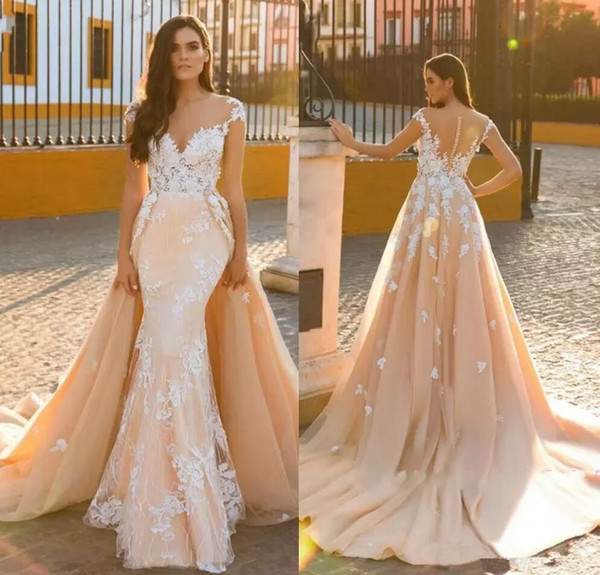 Exquisite Appliques Overskirt Beach Bridal Gowns 2018 Illusion Button Back Sexy V Neck Mermaid Wedding Dresses Detachable Train Custom Made