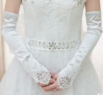Long red lace wedding bride long Fingerless nail bead wedding wedding dress gloves small embroidered sleeves