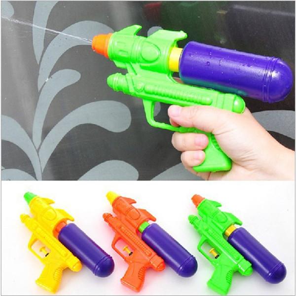 Commercio all'ingrosso 10 pezzi di sport all'aria aperta gioco bagno bambino spiaggia di acqua pistola ad acqua pistola bambini giocattoli estivi