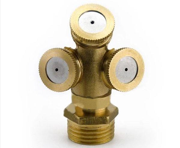 3 Heads Brass Agricultural Mist Spray Nozzle Sprinkler Garden Watering Roof Cooling Lawn Irrigation System 00906