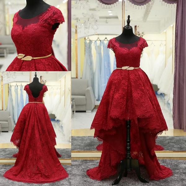 Rojo Alto Bajo Noche Vestido formal Corto Frente Largo Atrás Una línea Barrido de encaje Blusa de encaje con mangas Cuello escarpado Vestido de fiesta largo