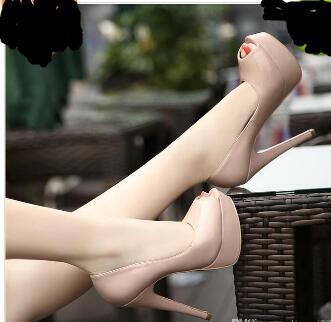 2018! Clássico Marca Red Bottom Salto Alto Plataforma Sapato Bombas Nude / Preto Peep-toe Mulheres De Couro De Patente Vestido de Casamento Sandálias Sapatos tamanho34-40