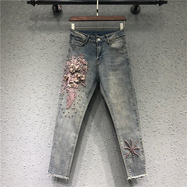 Ricamo Jeans donna New Fashion Beaded 3D Flower Slim Jeans Donna con foro strappato Casual Denim Pants Feminino 2018 Vendita calda