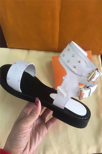 Luxury Designer Shoes Women Sandals Geunine Leather Formal Evening Designer Slides Summer Beach Women Shoes Free Shipping Real Pic