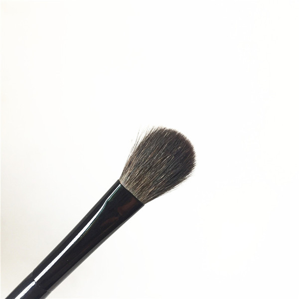 EYESHADOW BRUSH L