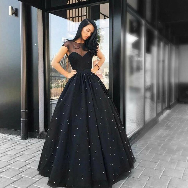 2018 Evening Dresses Wear Arabic Black Sheer Neck Sweetheart Short Sleeves Tulle Floor Length Beaded Pearls A Line Vestido Party Prom Gowns