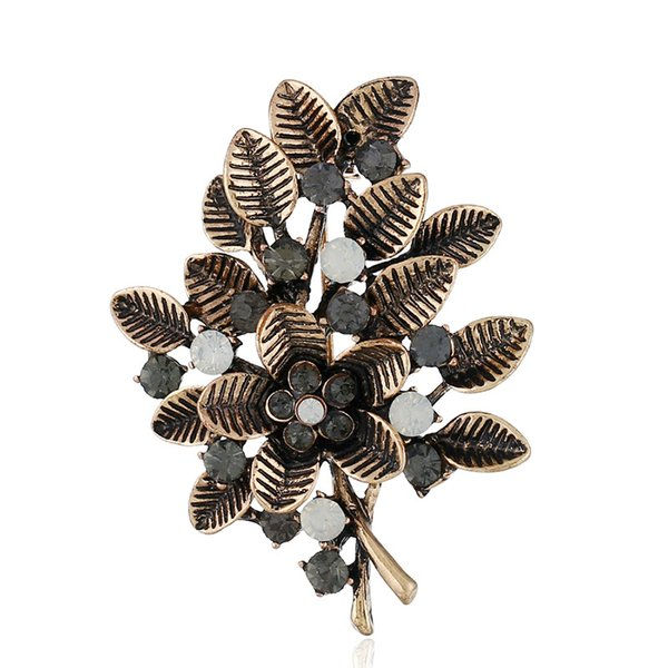 Christmas Gift Vintage Brooches Hollow Out Leaf Pins For Sweater Clothes Jewelry Accessories With Rhinestone Luxury Quality Brooches