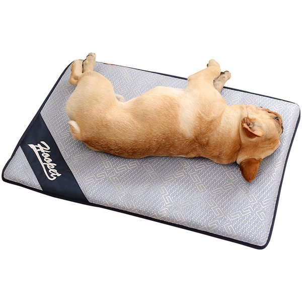 4 Size Pets summer Sleeping mats 2018 New Dogs cats ventilate Nonsticky hair Ice silk material seat Cushion cool and refreshing mat B