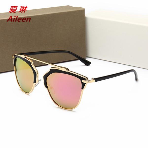 2018 nouvelles lunettes de soleil pour femmes Europe et les États-Unis personnalité voyage en plein air anti-UV couleur film lunettes de soleil 9772 luxe eyew