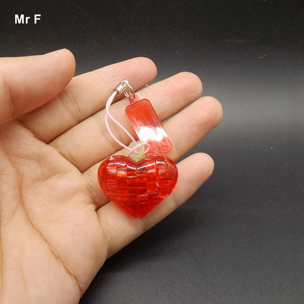 top popular Finished DIY Funny Mini Heart 3D Crystal Puzzles Christmas Gift Intelligence Game Plastic Small Model Toy 2021