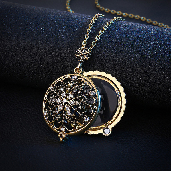 Locket Necklace Vintage Retro Gem Time Snowflake Sweater Chain Necklace Women Men Jewelry Collar Collier Magnifying Glass Cabochon Necklaces