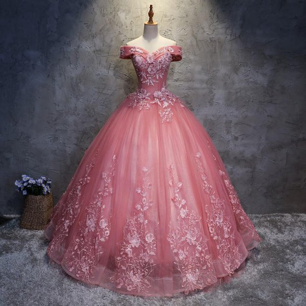 2018 Pizzo Applique Abiti Quinceanera Ball Gown Prom Dresses Corsetto Tulle 2017 Lace Up Back Off spalla Sweet 16 Dress Pageant Gowns