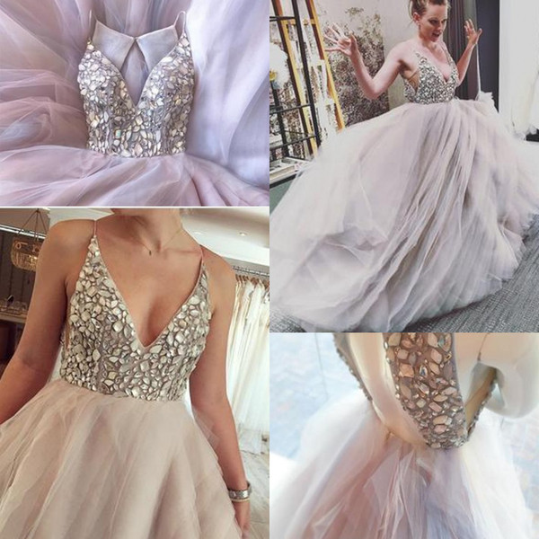 2018 New Fashion Wedding Dresses Tiered Skirts Crystal Beaded V Neck Organza Layered Charming Luxury Backless Elegant Wedding Gowns