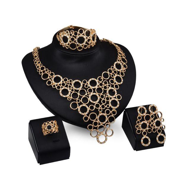 Dubai 18 K Oro Colgante Anillos Conjuntos de collar Moda Diamante africano Boda Conjuntos nupciales de joyería (Collar + Pulsera + Pendientes + Anillo)