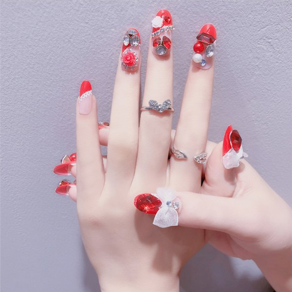 24pcs/set Charming Red Fake Nail With Glitter Acrylic Full Cover False Nails Square Nail Art for Fashion Girls