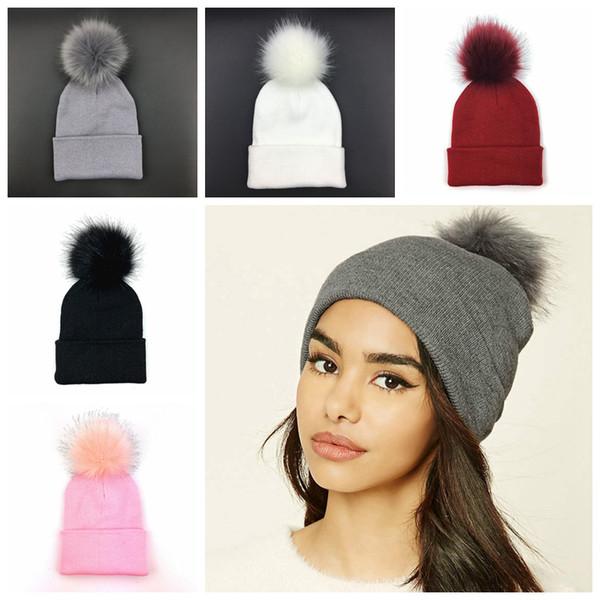 Plus Pom Tricoté Bonnet D'hiver Bonnet De Mode Classique Serré Tricoté De Fourrure De Pom Chapeau Femmes Cap Chapeaux Coiffure Head Warmer MMA789