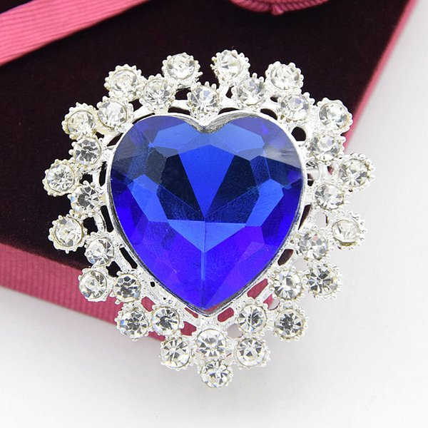 Blue heart-shaped crystal brooch High-grade alloy silver plated festive red waterdrop glass crystal brooch dress wild exquisite corsage coll
