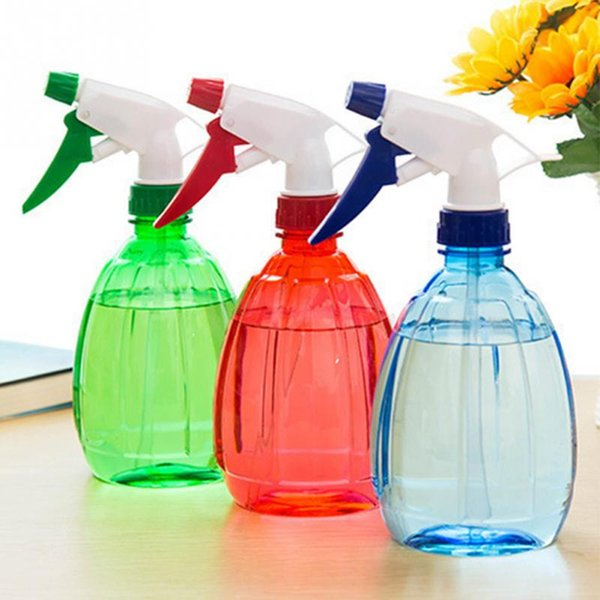 top popular 500ml Portable Plastic Spray Bottle Manually Garden Plants Water Sprayers Flower Irrigation Pets Salon Spray Bottle Watering Sprayer 2021
