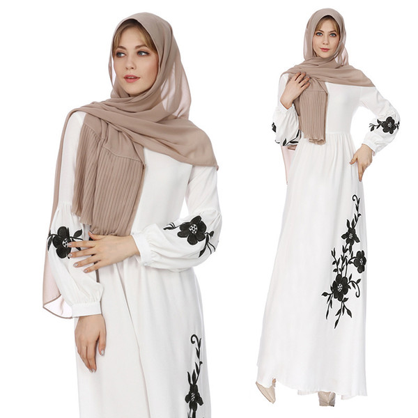 2018 mujeres musulmanas calientes túnica suelta manga larga de gran tamaño bordado gasa vestidos Oriente Medio mujeres Abaya sin bufanda