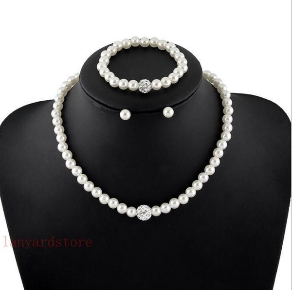 Новое ожерелье перлы, лидирующий костюм ожерелья перлы, естественный ювелирные изделия границы перлы.
