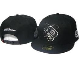 Siyah Yeni tasarımcı şapkalar D9 DNINE Rezerv Snap back Sokak şapkalar Moda erkek kadın snapback hiphop spor topu ücretsiz nakliye caps