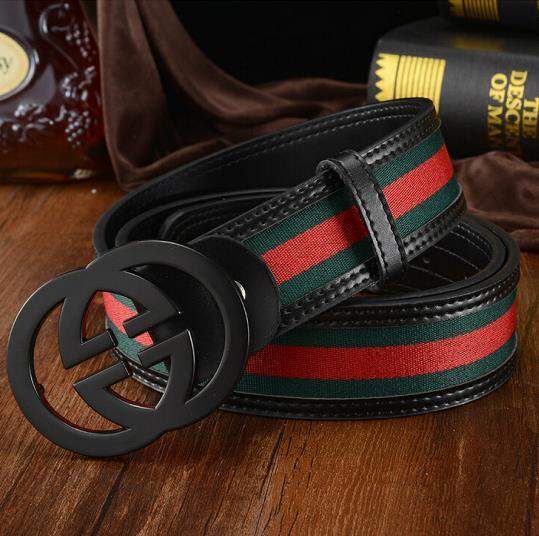 Lo stilista di moda nuovo stile caldo più venduto della cintura da uomo in pelle nera da uomo e da donna cinturino in pelle di colore puro regali 105cm-125