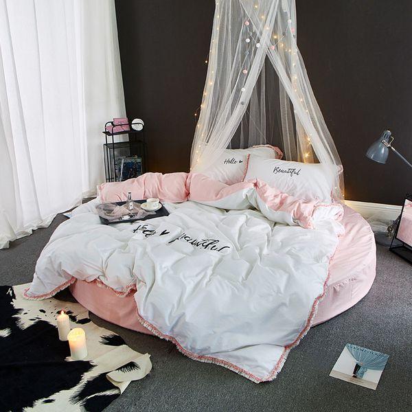 Letto Rotondo Bianco.Acquista Nappe Copripiumino Federa Rotonda Lenzuolo Con Angoli Hotel Sexy Letto Rotondo Rosa Bianco Grigio Blu Verde Biancheria Da Letto Nuova Moda