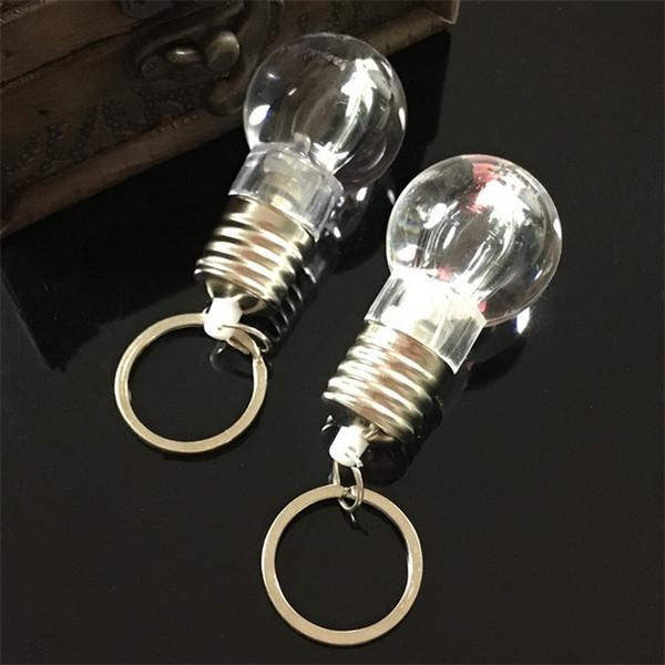 Luz branca chave fivela piscando chaveiro lâmpada pingente de presente pequeno moda ao ar livre criativo sete luzes cores 1ly ii