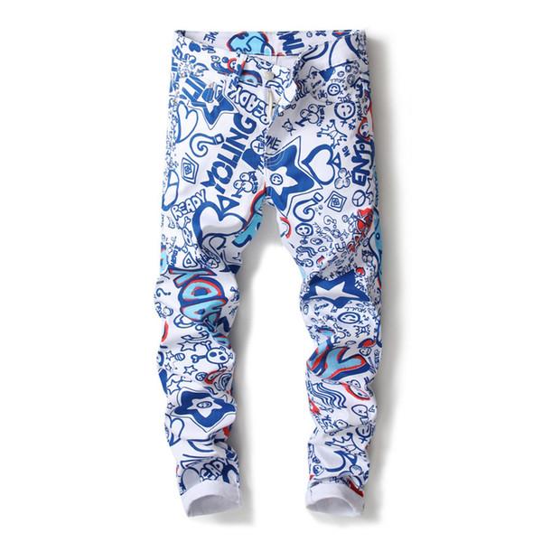 2018 nuevos hombres de la marca recta Slim Fit Biker Jeans pantalones de mezclilla Pantalones Jeans 3D Graffiti hombres de la impresión Biker Denim flaco
