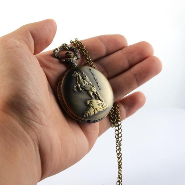Vintage cavaliere cavallo flip quarzo orologio da tasca commemorativa scolpita apribile steampunk collana pendente catena orologio uomo donna regali