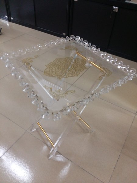Factory sale Screen printed hot bend mini clear square lucite coffee table glass acrylic folding table manufacturer