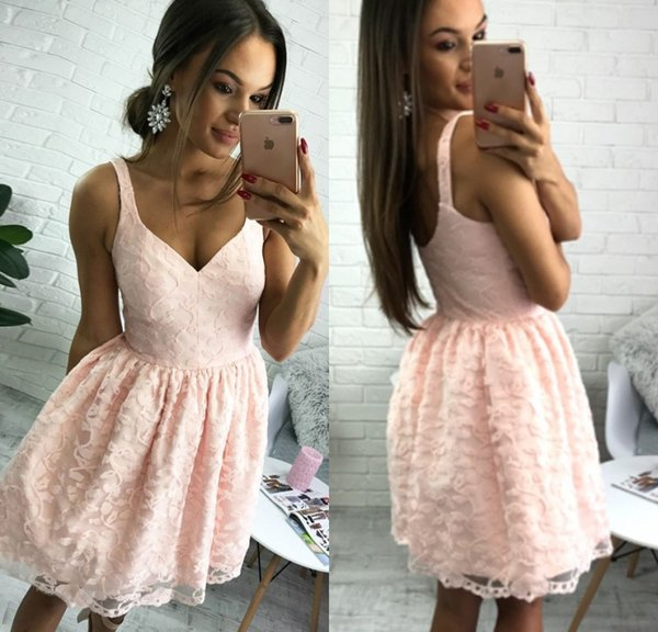 Chic Little Pink Lace Cocktail Dresses Short Spaghetti Strap Mini Evening Gowns Formal Women Special Occasion Cocktail Party Dresses 2018