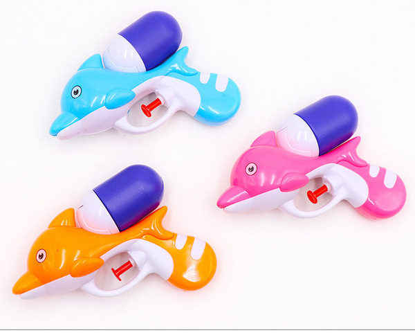 5pcs wholesale Cartoon toys Dolphin Water Guns shooting game Sports Outdoor Play High Pressure Large Capacity Fun water for children