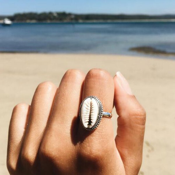 2018 Hot Female Ring Bohemian Sea Shell Chic Party Summer Beach Holiday Accessories Gift Simple Girl Rings Boho New Fine Jewelry